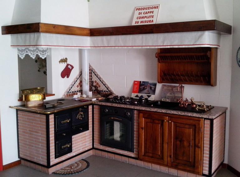 Vendita Cucine in muratura Udine GoriziaLottagono produce la tua cucina in muratura