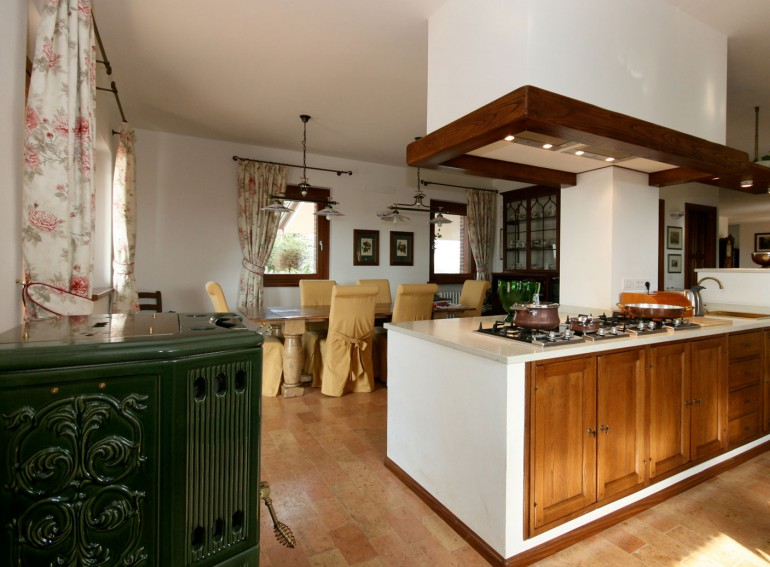 Vendita cucine in muratura udine gorizia lottagono produce for Cucine pertinger